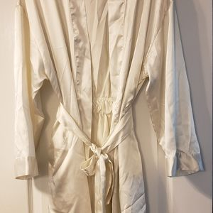 Victoria Secret robe in pale ivory